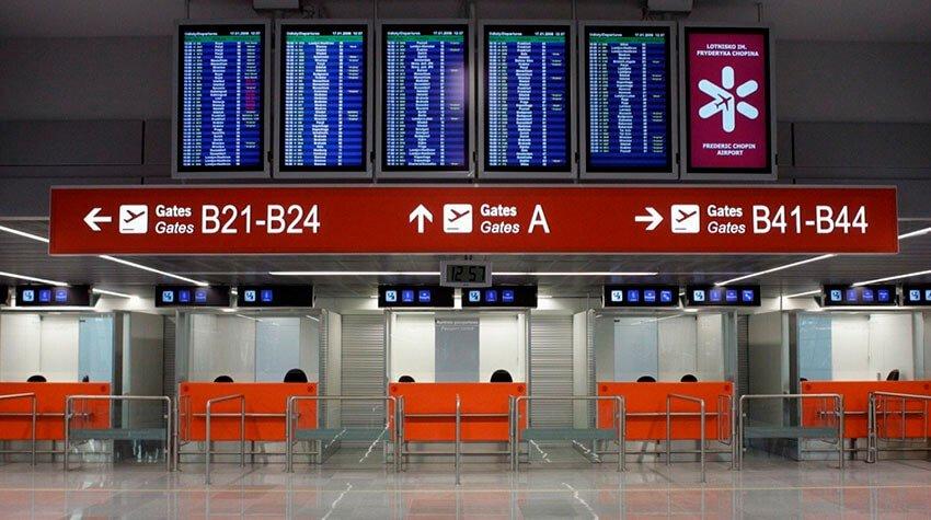 Lotnisko Chopina Przyloty tablica